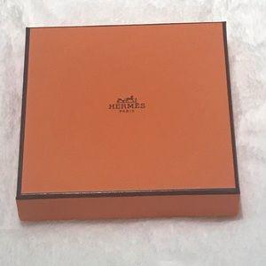 NWOT Hermes Orange Gift Box